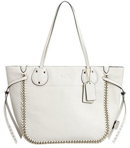 Coach Tote in Chalk