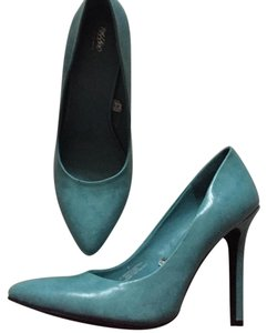Mossimo Supply Co. Tiffany Blue Pumps