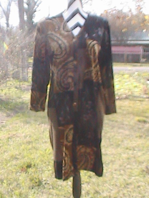 Susan Graver short dress Floral Excellent For Cold Weather on Tradesy Image 5