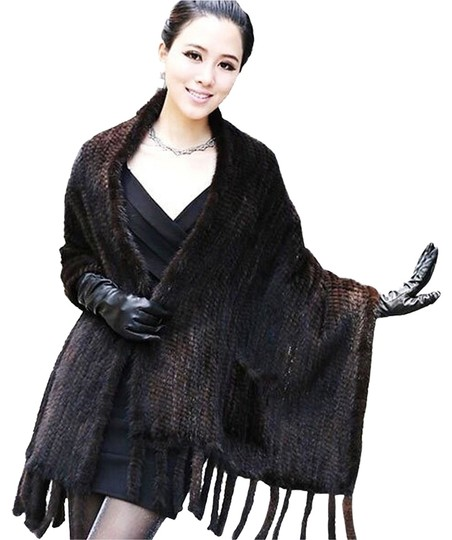 Preload https://item3.tradesy.com/images/neiman-marcus-black-knitted-mink-fur-stole-with-pockets-scarfwrap-1968917-0-0.jpg?width=440&height=440