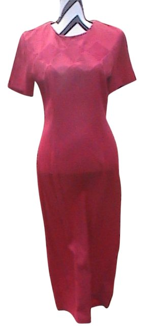 Preload https://img-static.tradesy.com/item/1968940/scarlett-red-long-casual-maxi-dress-size-8-m-0-0-650-650.jpg