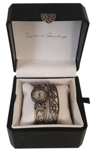 French Laundry French Laundry watch bracelet set w/box