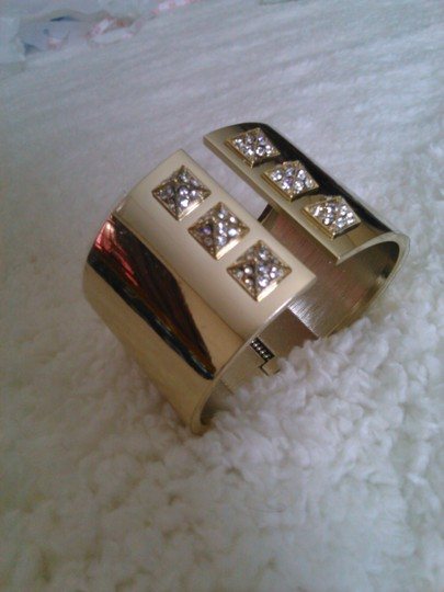 Victoria's Secret PRICED TO SELL! VICTORIA'S SECRET Limited Edition SCANDALOUS Cuff