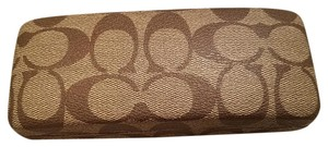 Coach Coach Signature Logo Sunglass Case