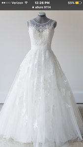 Allure Bridals Allure 9114 Wedding Dress