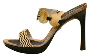 Goffredo Fantini Mother Of Pearl Canvas Carved BROWN AND CREAM Sandals
