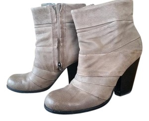 Vince Camuto taupe brown Boots