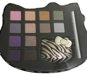 Hello Kitty Eye Shadow Set
