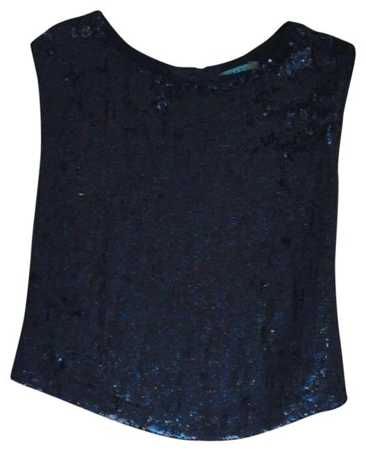 Preload https://img-static.tradesy.com/item/19692137/alice-olivia-blue-sequin-night-out-top-size-4-s-0-1-650-650.jpg