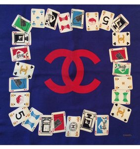 Chanel SALE ! RARE VINTAGE CHANEL POKER PLAYING CARDS SILK SCARF