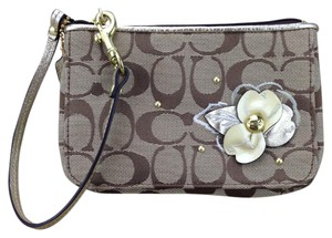 Coach Signature Canvas Flower Studs Wristlet in Beige
