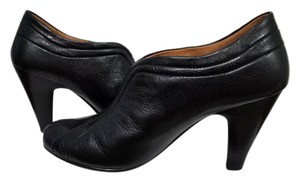 Sfft Black Mules