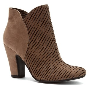Nicole Cognac Casual Ankle Amazon Boots