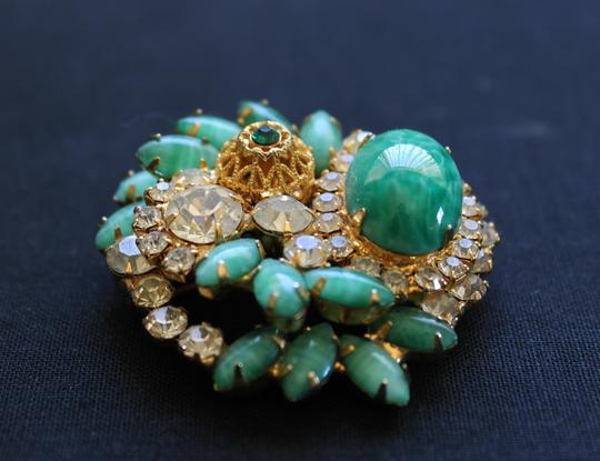 Other Abstract Vintage Green Gold and Rhinestone Brooch Image 3