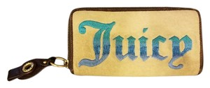 Juicy Couture Juicy Couture Wallet.