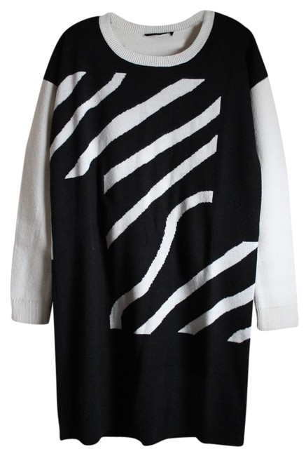 Preload https://img-static.tradesy.com/item/19693942/tibi-black-and-white-sweater-above-knee-short-casual-dress-size-8-m-0-1-650-650.jpg