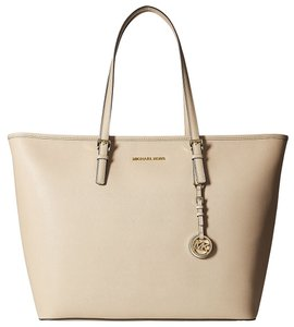 MICHAEL Michael Kors Jet Set Bisque Saffiano Multifunction Top Zip Travel Tote Satchel in Beige