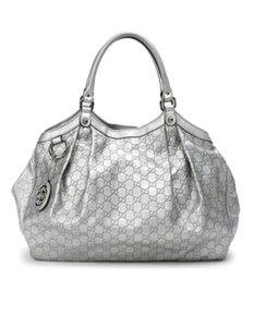 Gucci Sukey Shoulder Tote in Silver Metallic