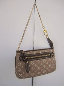 Louis Vuitton Mini Lin Idylle Clutch