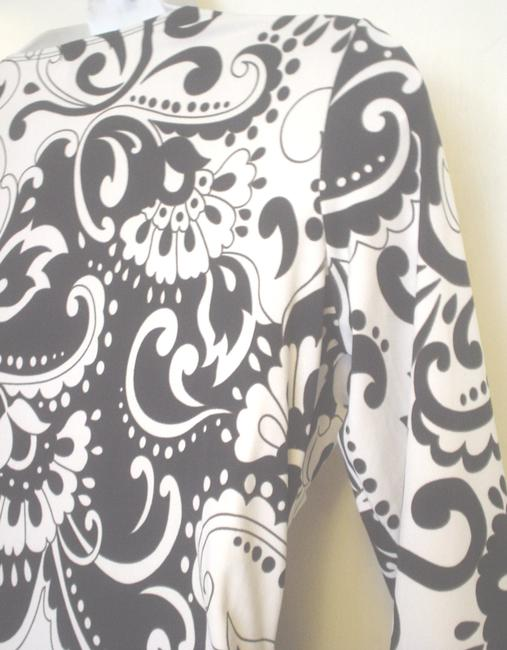 GNW Paisley Floral Mock Twin Empire Waist Top Black White Image 3