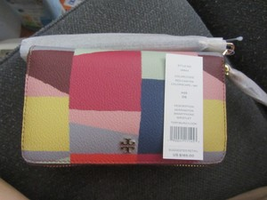 Tory Burch Wristlet in RED CANYON COLORSCAPE