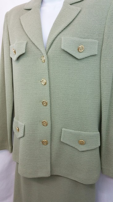 St. John NWT ST. JOHN COLLECTION SAGE GREEN KNIT SKIRT SUIT 6 Image 4