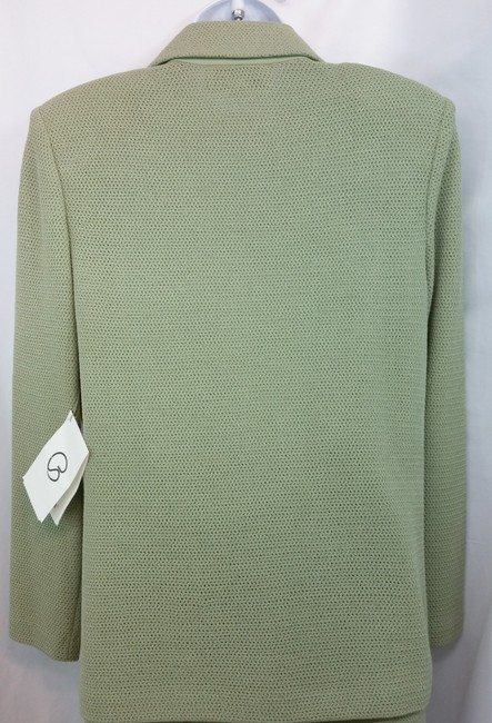 St. John NWT ST. JOHN COLLECTION SAGE GREEN KNIT SKIRT SUIT 6 Image 7