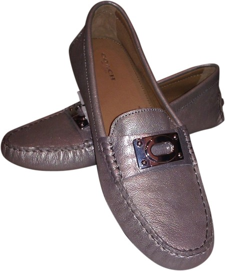 Preload https://item5.tradesy.com/images/coach-pewter-new-leather-flatsloafers-flats-size-us-85-1969554-0-0.jpg?width=440&height=440