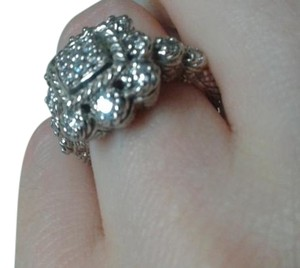 Judith Ripka Beautiful Judith Ripka Sterling Silver ring in size 6.5