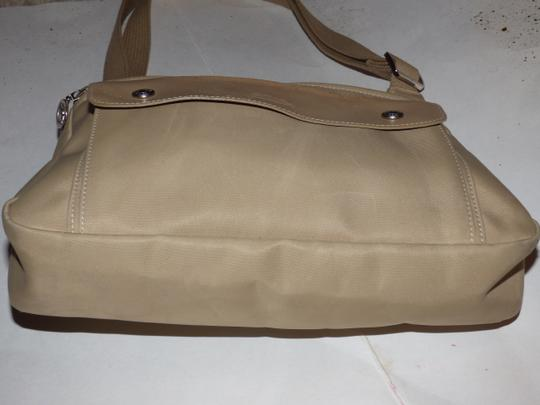 Longchamp Excellent Vintage Unisex Cb/Shoulder Chrome Hardware Front Pocket khaki or tan leather & heavy canvas fabric Messenger Bag Image 2