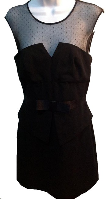 Preload https://img-static.tradesy.com/item/19696561/forever-21-black-with-bow-mid-length-cocktail-dress-size-4-s-0-1-650-650.jpg