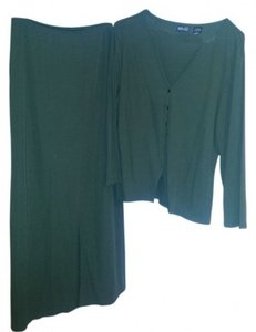 New York & Company polyester olive green spanded skirt and blouse
