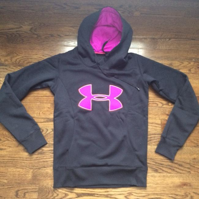 Preload https://item5.tradesy.com/images/under-armour-cold-gear-hoodie-activewear-size-0-xs-1969739-0-0.jpg?width=400&height=650