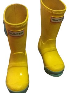 Hunter Yellow, pink, blue Boots