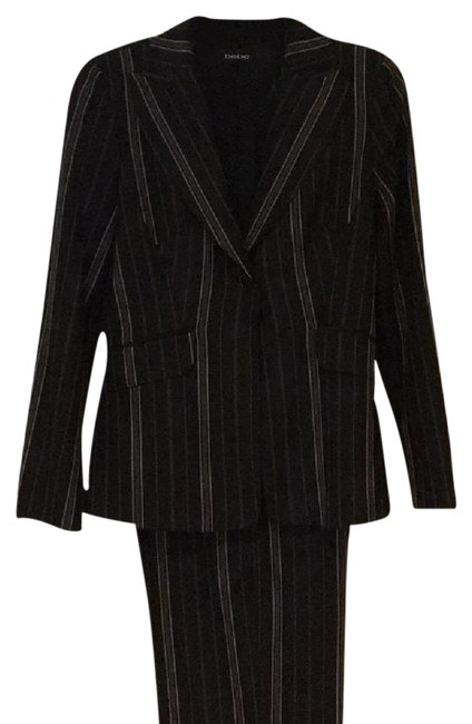 Preload https://img-static.tradesy.com/item/19700255/bebe-black-with-blue-and-white-pinstripe-2-pc-women-pant-suit-size-6-s-0-2-650-650.jpg
