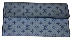 Louis Vuitton Authentic Louis Vuitton Tresor International Wallet