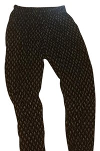 Bobeau Capris Black and white