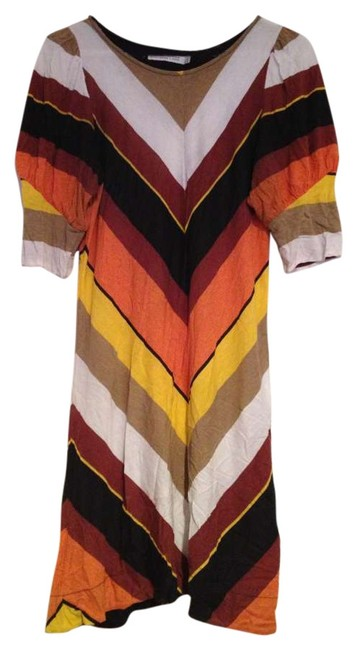 Preload https://item4.tradesy.com/images/zara-multi-colored-above-knee-short-casual-dress-size-8-m-197008-0-0.jpg?width=400&height=650