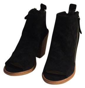Dolce Vita Black Suede Boots