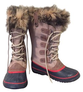 Sorel Tan, blue, red Boots