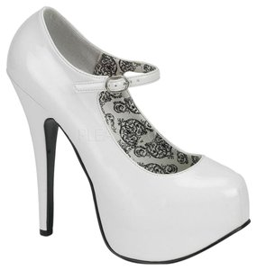 Bordello White Platforms