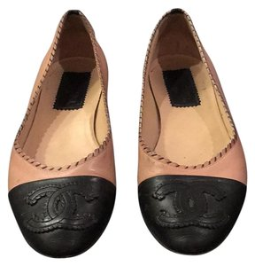 Chanel Flat Black and nude Flats