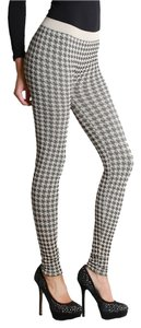 Nikibiki Houndstooth Taupe Leggings