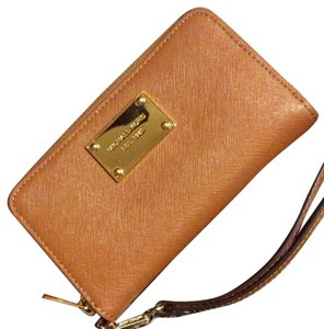 MICHAEL Michael Kors Tan With Gold Hardware Clutch