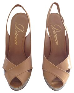 Delman Tan Sandals