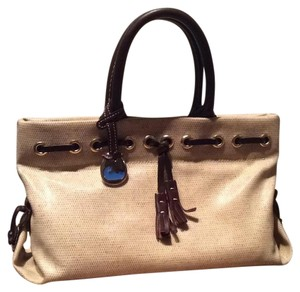 Dooney & Bourke Satchel in Creamy/Brown