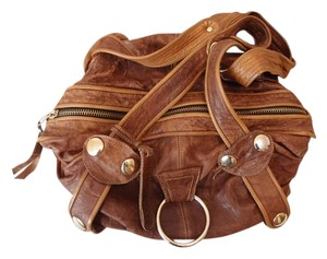 Gustto Satchel in brown