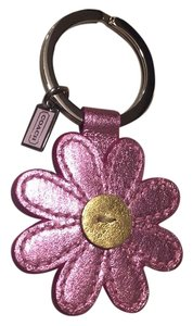 Coach metallic daisy key chain