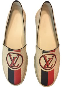 Louis Vuitton Neutral Flats