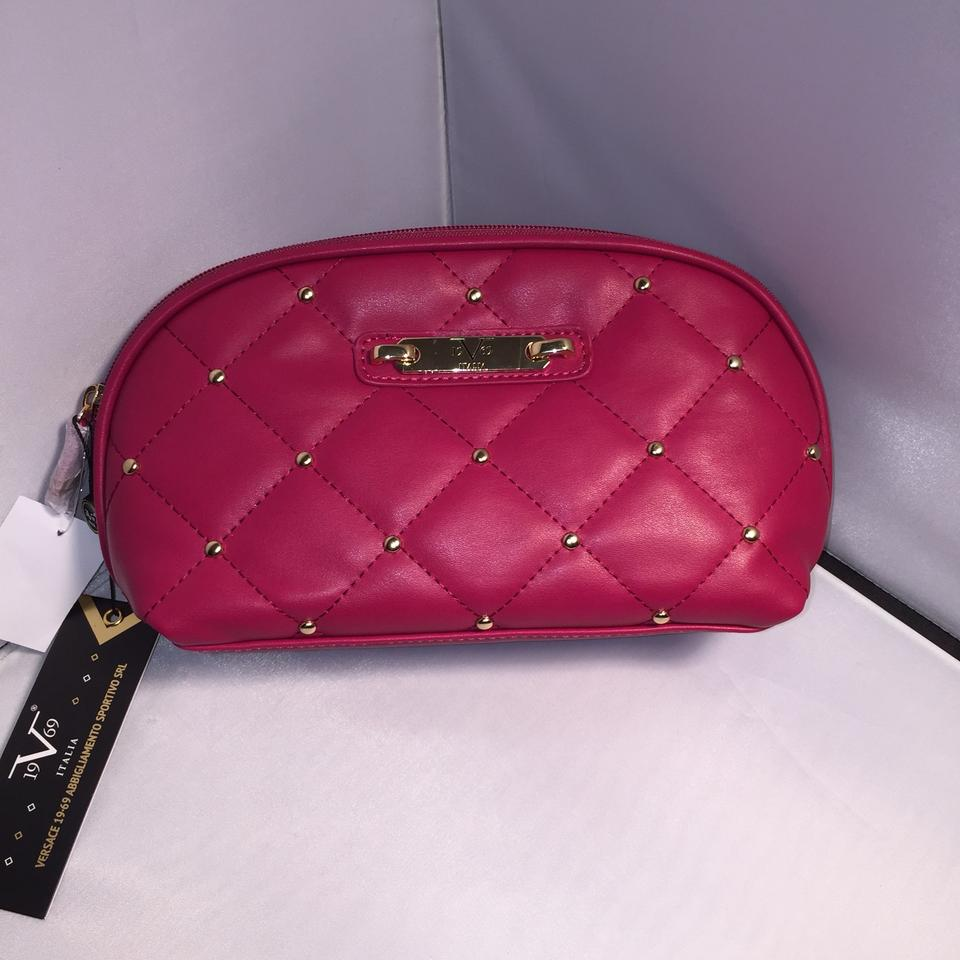 4716c09692 Versace Rose pink leather cosmetic bag Image 4. 12345